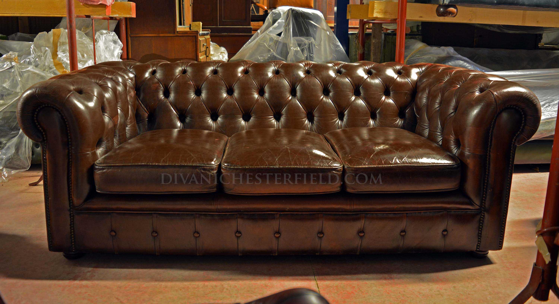 Divani chesterfield usati pelli vintage originali inglesi - Divano in pelle screpolato ...