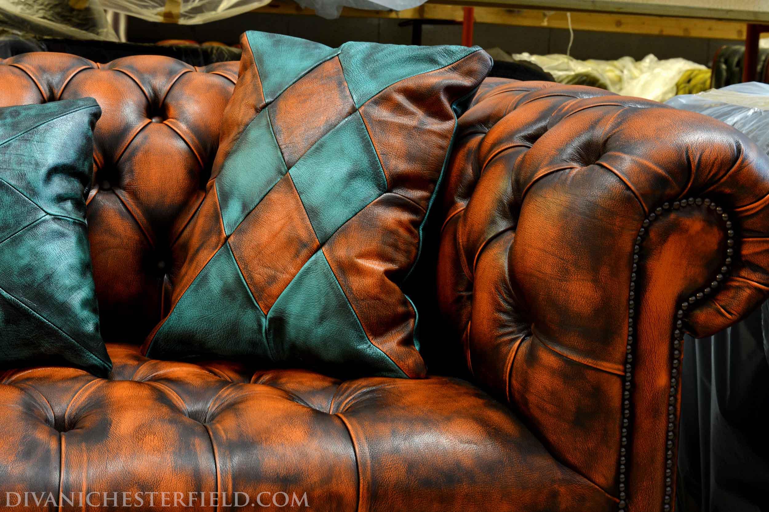 Fabbrica divani chester su misura nuovi made in england for Fabbrica divani