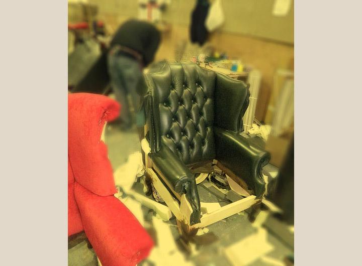 Divani Inglesi Chesterfield : Fabbrica divani poltrone chester su misura nuovi originali